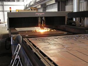 "Cincinnati CL-707 Laser Burner Slicing Through 1"" X 10' x 20' Plate Steel"